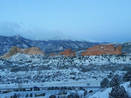 Garden of the Gods Club and Resort: Room view (2)
