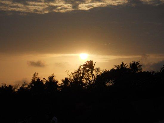 Aquarius Club : tramonto kenyota