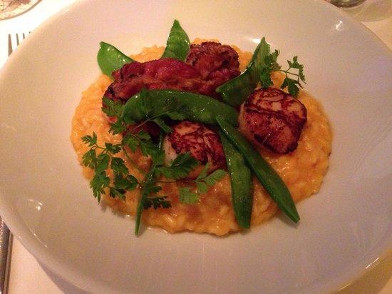 Franke Brasserie, Bar & Lounge: Scallops,bacon,squash risotto