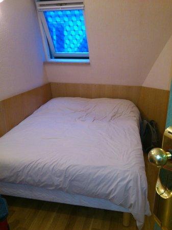 Hotel du Mont Blanc: 3-х местный: Это кровать для 3-го и 4-го постояльца