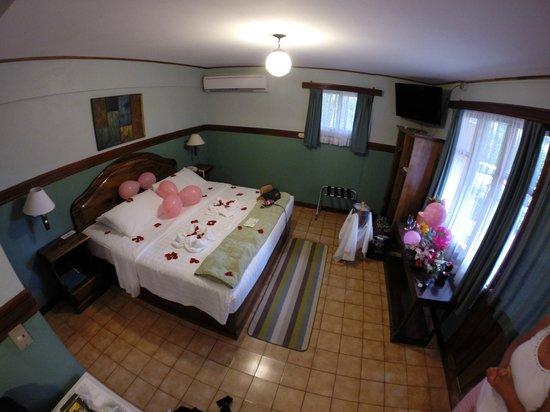 Hotel Playa Espadilla: King room