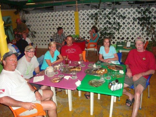 Pasa Bon Pizza: Our group