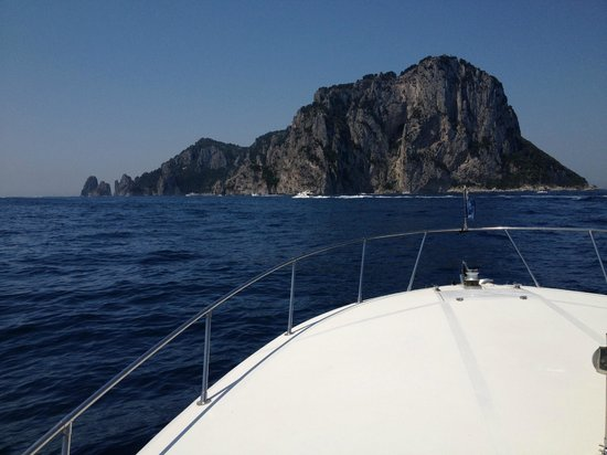 Palazzo Avino: Day hire of boat trip to Capri and back