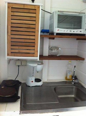 Hotel Le Manguier: cuisine chambre 18