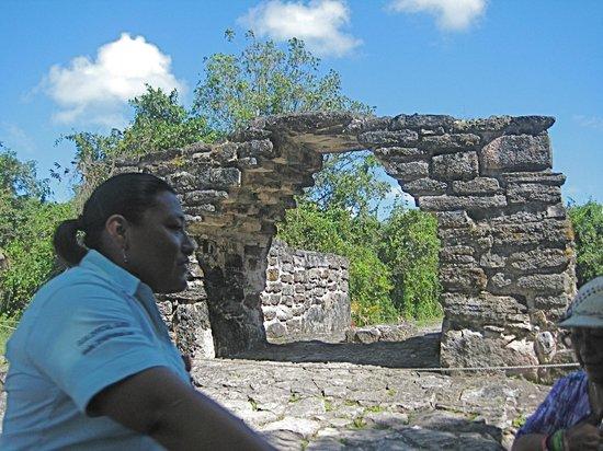 San Gervasio Mayan Archaeological Site: Mimi