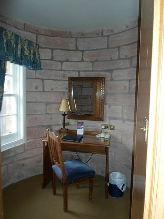 Dalhousie Castle: Room 14