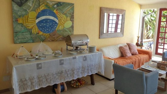 Chez Pitu Praia Hotel: Durante el desayuno