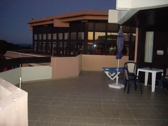 Auramar Beach Resort: balcony was huge