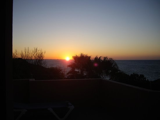 Auramar Beach Resort: sun rise