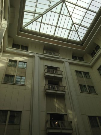 The Nines, a Luxury Collection Hotel, Portland : atrium
