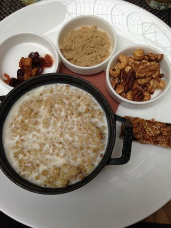 The Nines, a Luxury Collection Hotel, Portland : Oatmeal For Breakfast