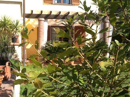 Casa vacanze la Rondine soggiorni economici lungo i Monti Pisani ...