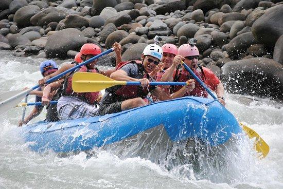 Aguas Bravas Rafting Company: Wild!