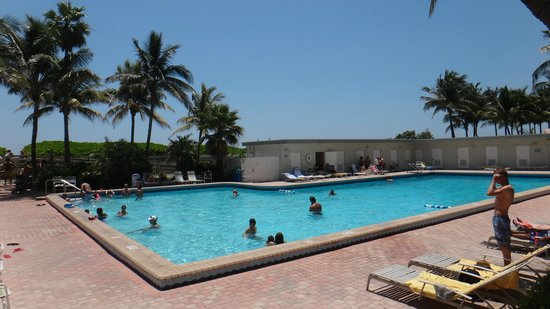 The New Casablanca on the Ocean Hotel: Piscina Hotel