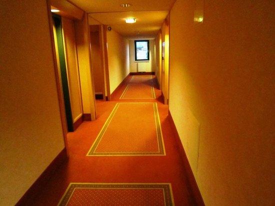 The Aquincum Hotel Budapest: Corredor