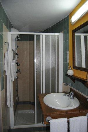 Selwo Lodge Hotel: Ducha