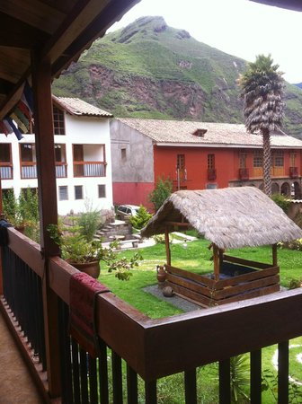 Hospedaje Chaska Pisac: A view from the upstairs' rooms.