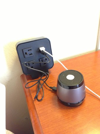 Hampton Inn Quakertown: Great USB and electric plugs located on nightstand next to bed. (Speaker is mine)