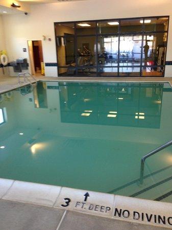 Hampton Inn Quakertown: Pool
