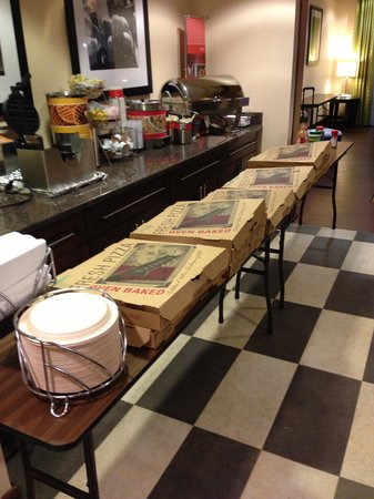 Hampton Inn Quakertown: Pizza boxes full of pizza for party.