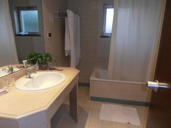 Sao Jose Hotel: Baño