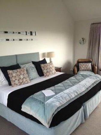 Hei Matau Lodge: Bed