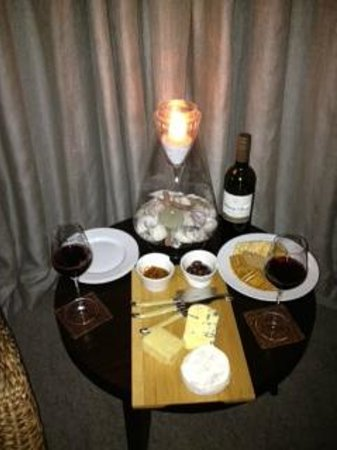 Hei Matau Lodge: Cheesey treat