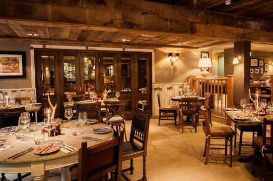 The White Buck - Hotel: Oak Room