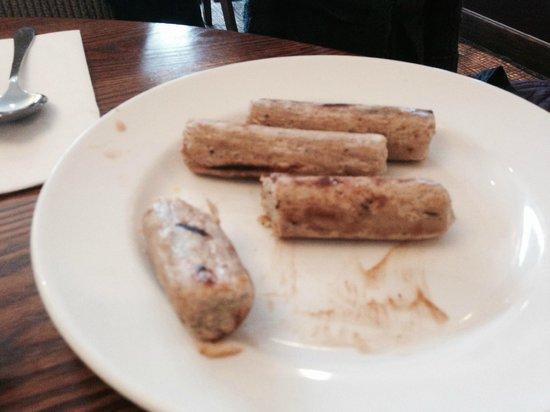 Premier Inn London Richmond Hotel: un cooked sausages