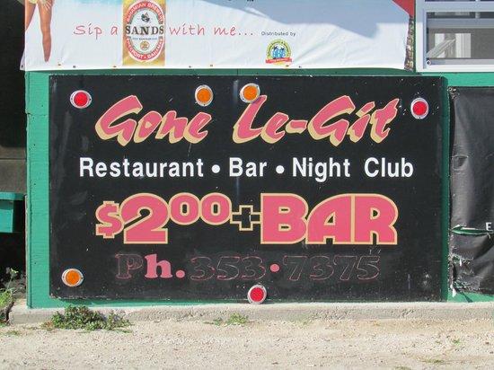 Ocean Reef Yacht Club & Resort: Fun bar by resort.