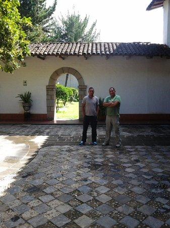 Hotel El Ingenio: Uno de los patios