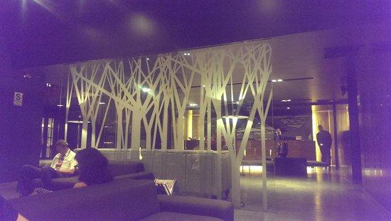 BTH Hotel: lobby view