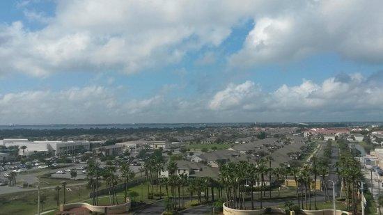 Radisson Suite Hotel Oceanfront: Vista para a cidade