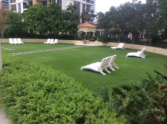 Mantra Towers of Chevron: beaches in the sky sun / lounging area for those who want to be away from the noise of the pool