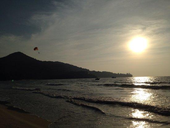 Kamala Beach: Sunset