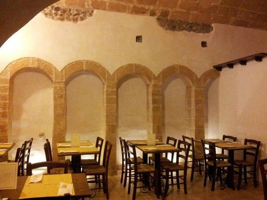 Alla Putia: Archi dove un tempo vi erano le mangiatoie