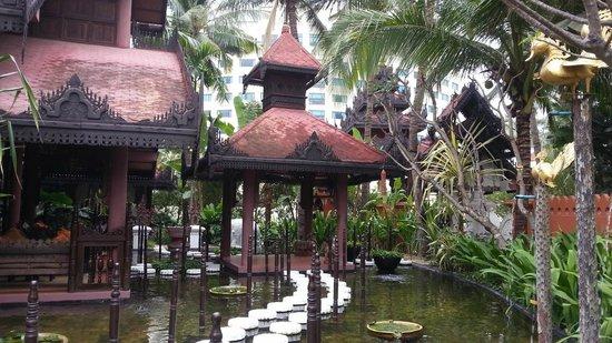 Mandalay Hill Resort: SPA