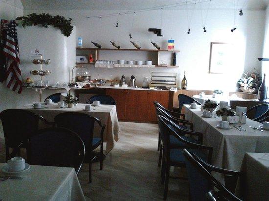 Prato. hotel giardino. breakfast room. picture of hotel giardino