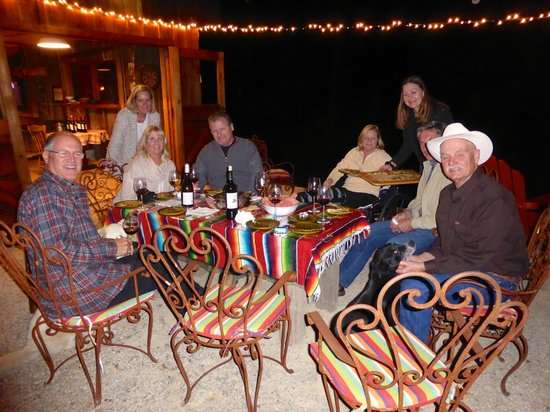 Chanticleer Vineyard Bed and Breakfast : Wine parings dinner night one at the Barn