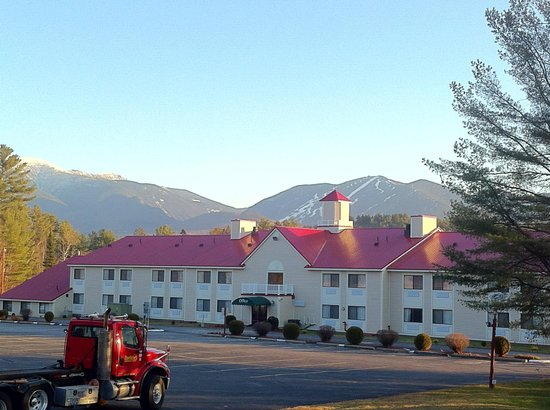 BEST WESTERN White Mountain Inn: Two best Mountain views