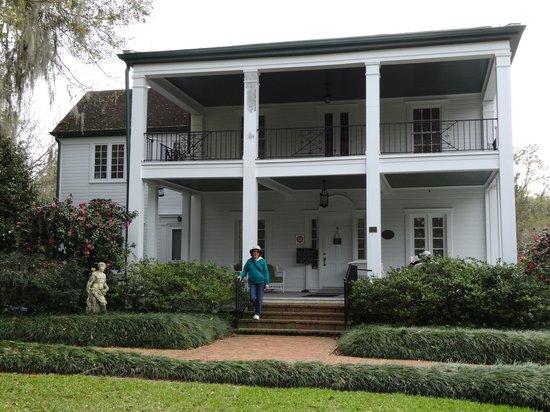 Harry P. Leu Gardens : Leu House