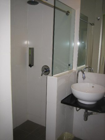 The LimeTree Hotel : Bathroom