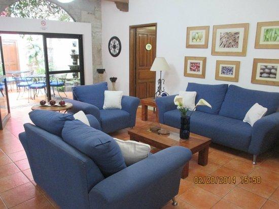 Villa Sueno Azul: The main living room
