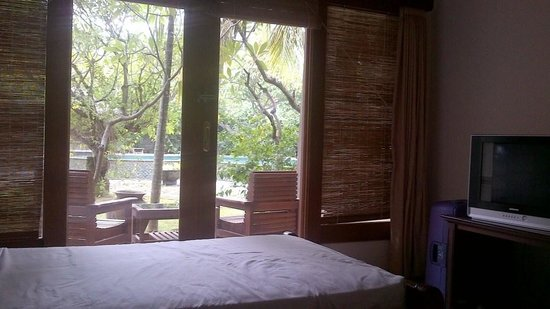 Nirwana Seaside Cottages: The room