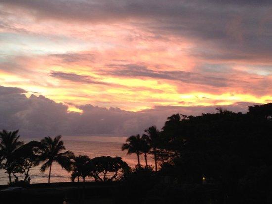 Lawai Beach Resort: OCEAN FRONT