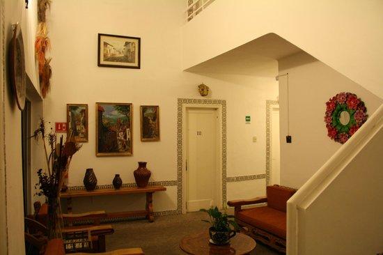 Hotel Casa Gonzalez : 1 van de hallen van het blok met kamers