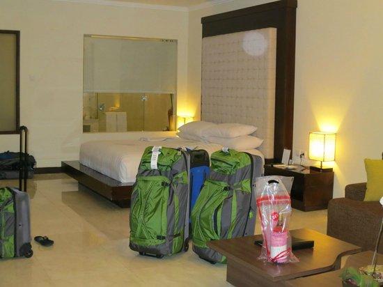 Kamuela Villas and Suite Sanur: Bed