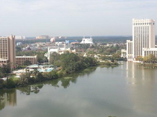 Best Western Lake Buena Vista - Disney Springs Resort Area: View from room looking at Downtown Disney