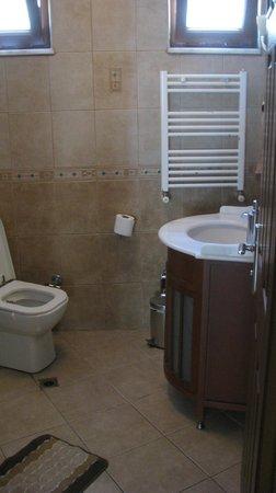 Sah Otel Apartment : bathroom