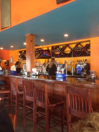 Black Pearl Oyster Bar and Grille: Black pearl oyster bar